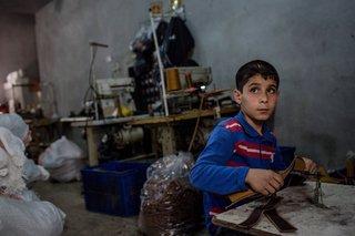 bambini siriani nelle fabbriche turche 2017x10